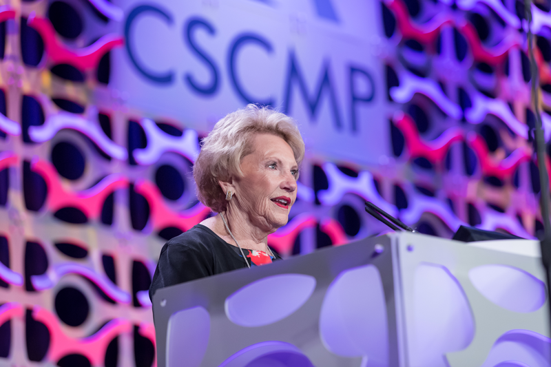 Mrs. Hunt accepting award for CSCMP Hall of Fame.